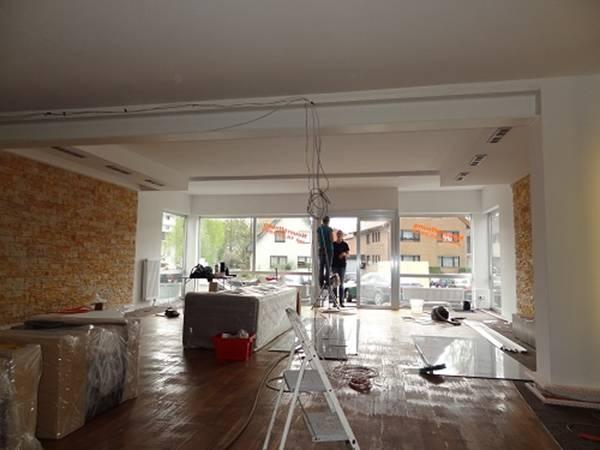heimkinoraum k ln heimkino projektoren. Black Bedroom Furniture Sets. Home Design Ideas