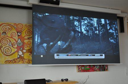 http://www.cine4home.de/Specials/BlackScreen3/Wohnraum4.jpg