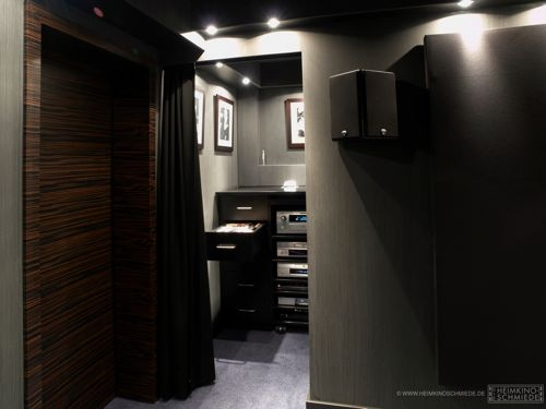 die heimkinoschmiede. Black Bedroom Furniture Sets. Home Design Ideas